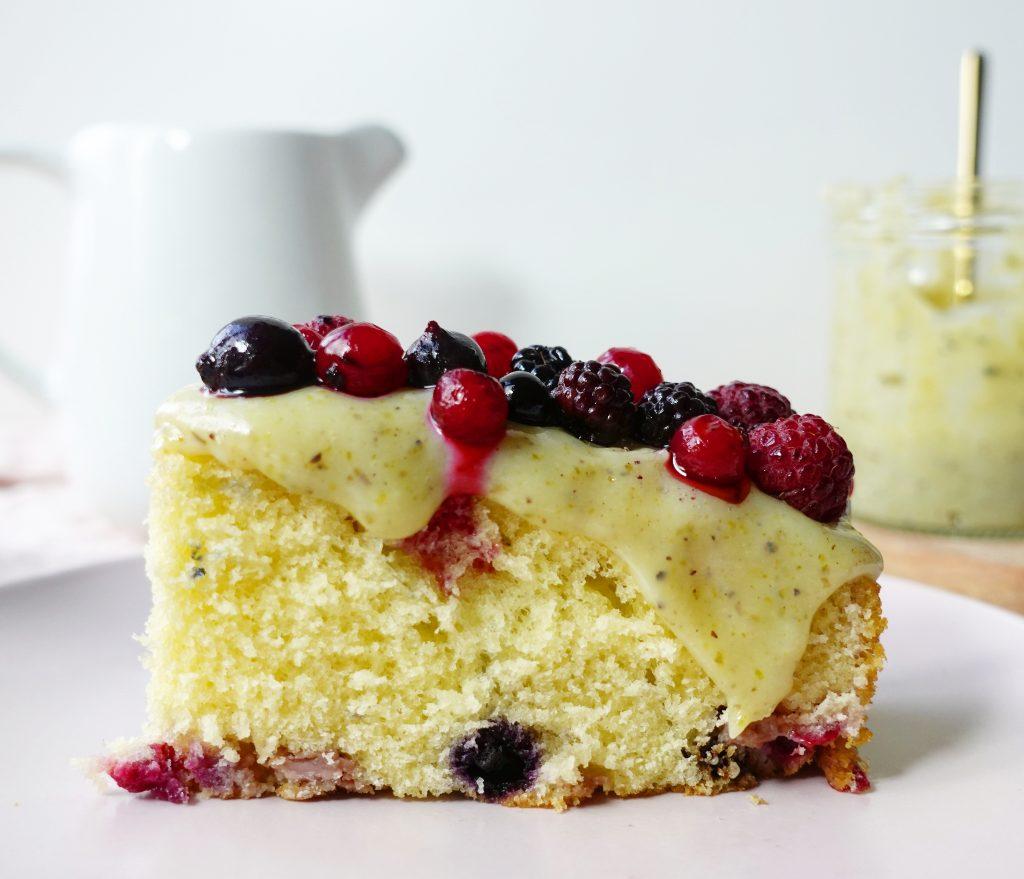 Recette gâteau au yaourt et fruits rouges - Noix de Choco