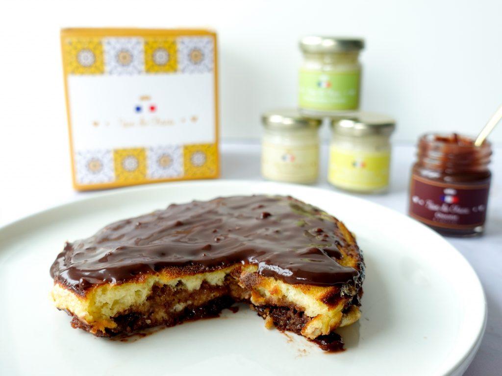 Pancakes fourrés à la pâte à tartiner au chocolat